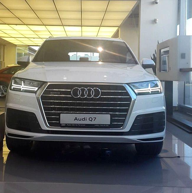 Audi Q7 тест драйв колесных арок сквозь одинарные окна