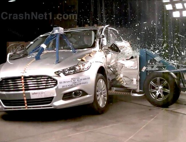 Ford Fusion краш тест