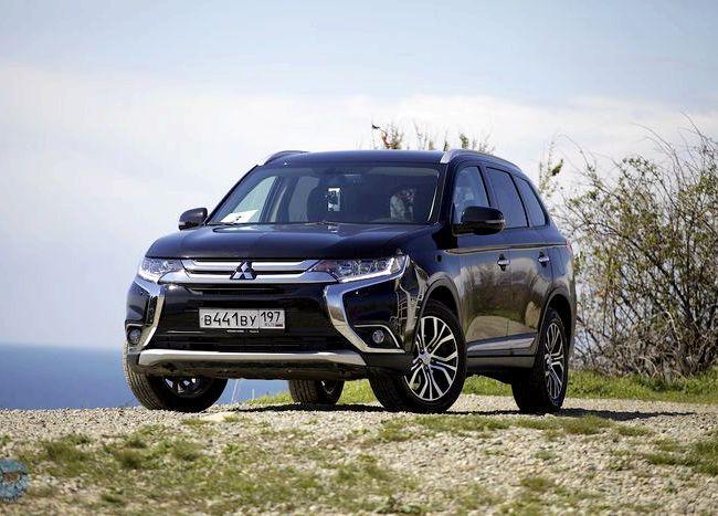 Mitsubishi Outlander тест драйв российской модели подправили