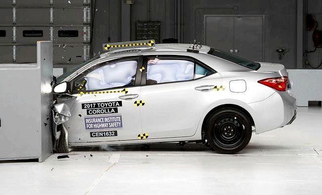 Toyota Corolla краш тест